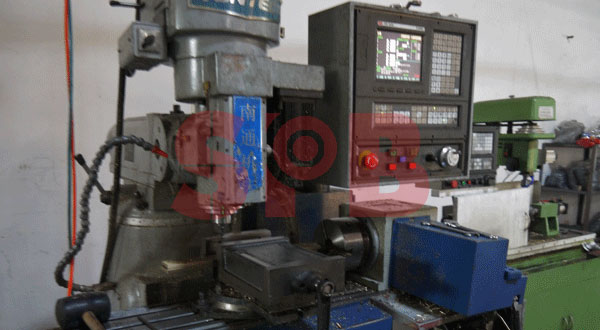 machine for bushing producing